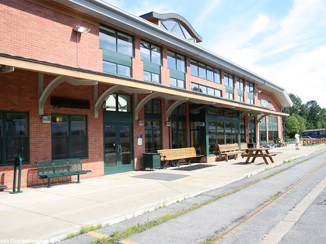 Saratoga Springs Train Station opens