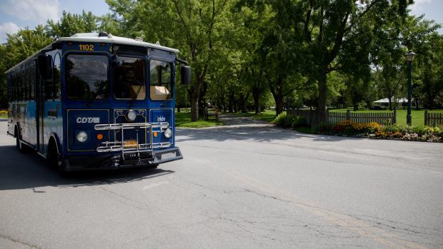 Saratoga Trolley